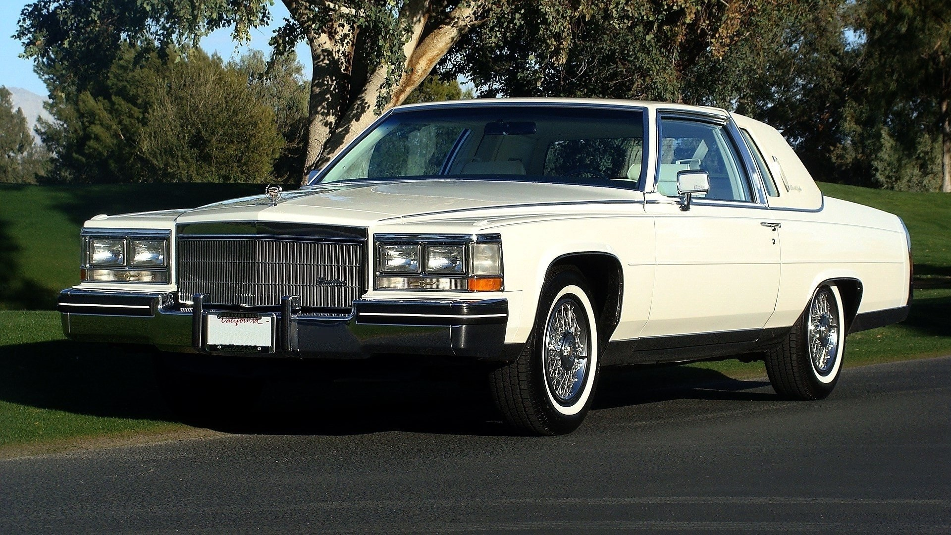 Sell used 1985 Fleetwood Brougham Coupe 43k Miles, Rare triple White ...